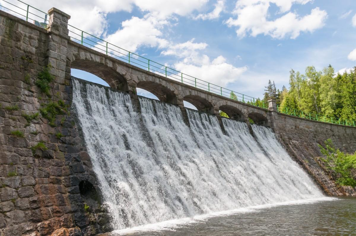 Dam Water Level Monitoring